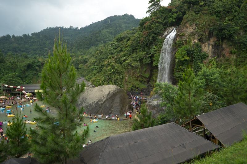 Kesasar Sampai ke Air Terjun Bidadari | the atmojo