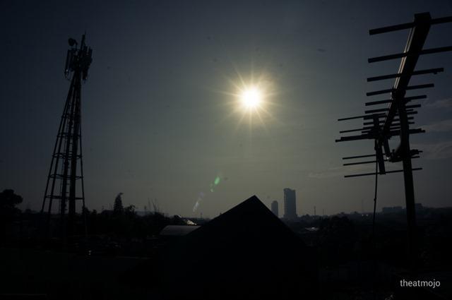 Menikmati Gerhana Matahari di Jakarta | the atmojo