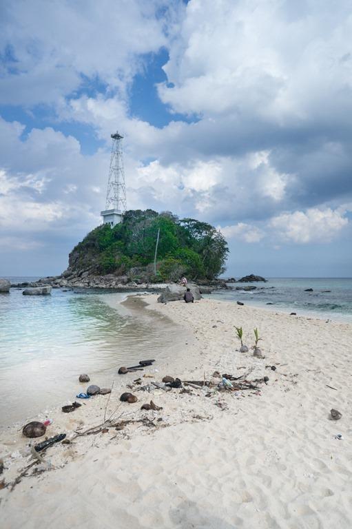 Mampir ke Pulau Senoa #Wisata Natuna | the atmojo